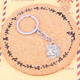 tiger key ring Canada - Keychain angrily tiger head Pendants DIY Men Jewelry Car Key Chain Ring Holder Souvenir For Gift