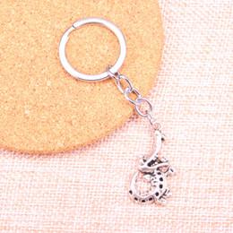 $enCountryForm.capitalKeyWord NZ - Fashion 28mm Key Ring Metal Key Chain Keychain Jewelry Antique Silver Plated alligator crocodile 34*18mm Pendant