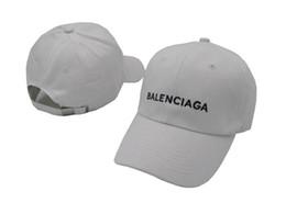 2e04eaba10cae Os mais recentes Os snapbacks bonés vermelhos pretos Snapbacks Designs  personalizados exclusivos Marcas homens e mulheres Bonés de beisebol golf  baseball ...