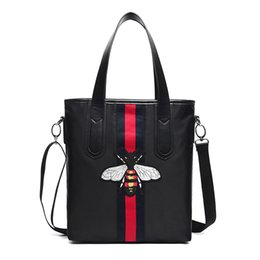 EmbroidEry lady bags online shopping - High Quality Shoulder Bags Ladies Nylon Totes Bag Brand Designer Cross Body Bags Little Bee Embroidery Women Clutch Bags Handbag