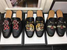 Discount free wood flooring - 2018 Printed Animals Men Slipper High Fashion Styles Outdoor Shoes Qulity,original qulity,really leather ,colors for cho