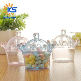 Discount clear plastic wedding favor boxes Wedding Candy Boxes crown shape Plastic candy box Creative European style full moon birth party candy box wholesale