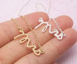 numbers stamp set NZ - 10pcs Tiny Love Initial Alphabet Letters MRS English lady Bracelets Gold Silver Simple Dainty Mrs Bracelet Small Stamped Word Bracelet