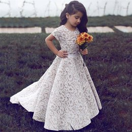 flower girls short lace dresses Canada - A-Line Full Lace 2018 Flower Girl Dresses Jewel Neck Short Sleeves Sweep Train First Communion Dresses Custom Made Girls Pageant Dress
