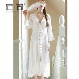 fa728c729 7 Fotos Camisola longa branca   venda-Mulheres Sleepwear Sexy Lace Branco  Robe Longo Vestido de Princesa
