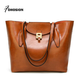 Luxury woman bags Female Handbag vintage hasp Ladies Shoulder Bags Oil  Waxing Women Leather Handbags large capacity Tote Bag New 927e0b56ee