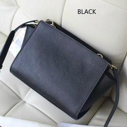 $enCountryForm.capitalKeyWord Australia - 2018 fashion designer bat bag high quality European and American best-selling PU leather shoulder bag New best-selling women's bag