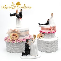 Wedding Groom Figures NZ - Bride groom cake topper event party supplies resin figure propose marriage funny wedding cake toppers