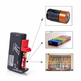 Testeur de Batterie Universel Contrôleur de Batterie Electronique pour AA AAA 9V Bouton Cellule Multi Taille Volt Compteur BT168