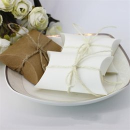 $enCountryForm.capitalKeyWord Australia - Packing Boxes Exquisite Candy Box Cowhide Pillow Shape Matching Rope Wedding Party Favour Guest Gift 0 18hb F1