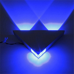 Bedroom wall night light online shopping - Modern Led Wall Lamp W Aluminum Body Triangle Wall Light D Night For Bedroom Home Lighting Luminaire Bathroom Light Fixture Wall Sconce