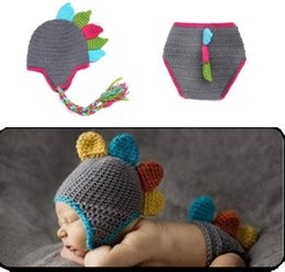 $enCountryForm.capitalKeyWord Australia - Fashion Newborn Cute Baby Photo Props Handmade Knitted Dinosaur Hat Pant Set Cartoon Infant Phography Shoot Accessory PZ035