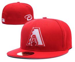 Diamondbacks 2018 equipados con gorras de béisbol con top rojo negro borde  deportes sombreros al aire libre moda Hip Hop Chapeau huesos 2b84f7a7570