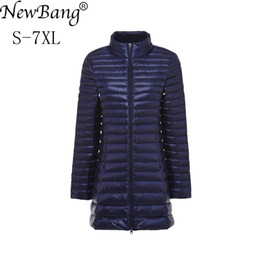 NewBang Plus 6XL 7XL Para Baixo Casaco Feminino Longo Ultra Leve Para Baixo Mulheres Jaqueta Tamanho Grande Outono Inverno Casaco Oversize Outwear venda por atacado