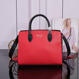 Ladies handbags itaLy online shopping - Luxury ladies handbag Elegant ladies bag Full of retro charm Made in Italy Extraordinary luxury taste Made in original cowhide Code