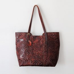 handmade totes Canada - Handmade Women's Retro Genuine Leather Carving Tote Elegant Handbag Vintage Shoulder Bag Shopping Bag Classic Travel Tote Large Capacity