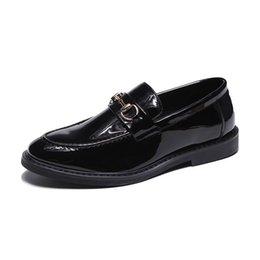 ERRFC New Arrival Luxury Men Black Casual Shoes Designer Shiny Black  Fashion Slip On Loafer Shoes Man Embroidered Trend 6styles 598e008632c5