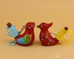 Venta al por mayor de Hecho a mano de cerámica silbato estilo lindo forma del pájaro juguetes para niños regalo novedad Vintage diseño agua Ocarina para niños juguetes 1 49mc ZZ