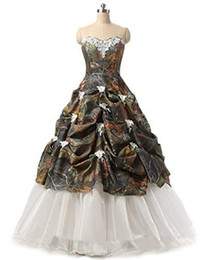 bf1c88fa931 2019 Camo Quinceanera Dresses Ball Gown Sweetheart Pick Up Bubbled Camo Debutante  Gowns with Ivory Lace And Organza Formal Gowns
