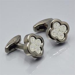 0b07050de056 Los gemelos de la camisa de los hombres de la marca de lujo para la joyería  subieron el botón del pun ¢ o del estampado de cobre del oro y de la plata  ...