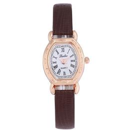 95f0603c7 Nueva moda coreana reloj de pulsera cuadrado Romano estudiante pequeña  chica reloj de primera mano fuente de ventas directas
