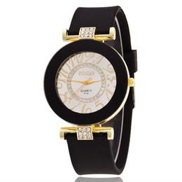 Glasses Trade Australia - FUNIQUE Luxury Style Quartz Watch Foreign Trade Explosion Models Fashion Ladies Watch Watches Women Fashion Wrist 2018