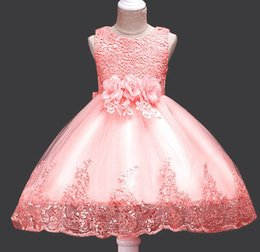 Gowns For Flower Girls NZ - ball gown flower girl dresses Sleeveless Flowers Girls Dresses Bow Appliques for First Communion Lace Ball Gown Girls Evening Gowns