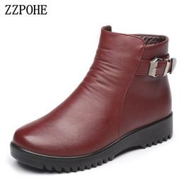 dbb3c0ddd64265 ZZPOHE Mère coton chaussures dames d'âge moyen confortables femmes en cuir  véritable bottes de neige plat grand-mère bottes de neige Plus Size 41