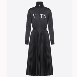 Wholesale 2018 Designer Woman Dresses Long Sleeve Autumn New A Word Plus Velvet Luxury Dress Pleated Waist Slimming Black Dress Women Clothes