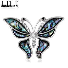 danbihuabi Women s Brooch Butterfly Pin Metal badge Shell Pins and Brooches  for Women Cute Animal Rhinestone Brooches Scarf 4ce1f34e4062
