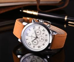 HOT vente hommes regarder mont japon Automatique quartz 5 couleur grand cadran pu bracelet en cuir flyback montres casual mode blanc montre-bracelet en Solde