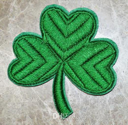 free sew patches Canada - Free Shipping ~ GREEN CLOVER PATCH - IRISH SHAMROCK Embroidered Iron On Patch ~ can be sewed ~ DIY Applique