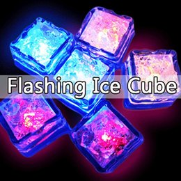 Wholesale Simulation Ice Cube Plastic Multi Color Luminous Ice Cube with Colorful Light for Halloween Party Wedding Club Bar Champagne Tower Decoratio