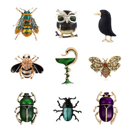 beetle jewelry Australia - Lovely Animal Snake Owl Crow Brooches Pins Beetle Cockroach Broach Enamel Insect Bee Collar Badge Jewelry for Women Men Gifts