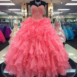 $enCountryForm.capitalKeyWord NZ - Coral Quinceanera Dresses 2019 Modest Beads Crystals Masquerade Ball Gown Prom Dress Sweet 16 Girls Birthday Party Lace Up Ruffles