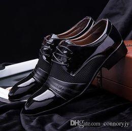 $enCountryForm.capitalKeyWord NZ - 2018 HOT Men Dress Shoe Flat Shoes Luxury Men's Business Oxfords Casual Shoe Black   Brown Leather Derby Shoes Plus US size 6.5-13