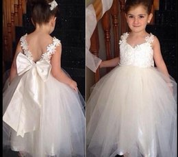 $enCountryForm.capitalKeyWord Australia - Baby Girls flower girl dresses Party Lace with big bow backless Tulle Flower Gown Fancy Dridesmaid Dress Sundress Girls Dress