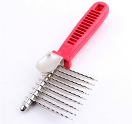 Wholesale Wave Stainless Steel Head Blade Pet Grooming Combs Comfortable Handle Brushes For Cat Hair Removal Portable Dog Rakes ck Z