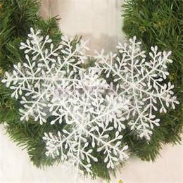 white plastic snowflakes 2019 - Hot 3pcs lot 11cm White Snowflakes Plastic Christmas Snowflake Tree Window Christmas Decorations For Home Ornament disco