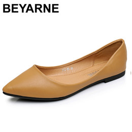 a21d9f5a8427b 2019 Casual BEYARNENew Women Flats Shoes Leather Platform 1cm Heels Shoe  White Women Pointed Toe Leather Girl Shoes