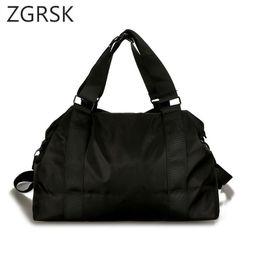 $enCountryForm.capitalKeyWord Canada - Men Handbag Large Capacity Weekend Travel Bags Nylon Carry On Luggage Duffel Bags Fashion Shoulder Designer Messenger Bag