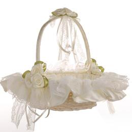 Ingrosso Cestino di fiori di pizzo beige ragazza elegante raso rosa cesto di fiori rotondo bomboniere decorazione di nozze H5625