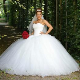 Beautiful 2018 Beads Sequins Wedding Dresses Sleeveless Plus Size Ball Africa Country Custom Vestido De Novia Formal Bridal Gown Arabic