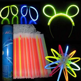 $enCountryForm.capitalKeyWord UK - 4000pcs 20cm Multi Color Glow Light Stick Bracelets Necklace Glowsticks Xmas Christmas Party Supplies Neon Fluorescent stick free shipping
