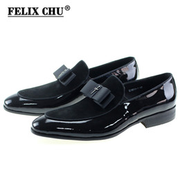 $enCountryForm.capitalKeyWord NZ - Handmade Genuine Patent Leather And Nubuck Leather Patchwork With Bow Tie Men Wedding Black Dress Shoes Men's Banquet Loafers