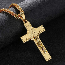 $enCountryForm.capitalKeyWord NZ - Trendy Crucifix Cross Pendant Necklace Gold Steel Black Gun Plated Fashion Religious Jewelry for Women Men Faith Necklace