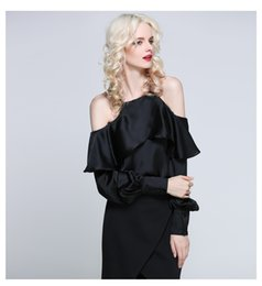 Quality Blouses Ruffles Canada - High Quality Off shoulder Ruffle Blouse Sexy Women Sling Shirt casual Blouse European Style Party Clothes Long sleeves New design