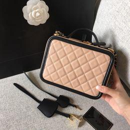 $enCountryForm.capitalKeyWord Australia - 100% real leather luxury camera bag fashion crossbody chain bag top quality free shipping box bag