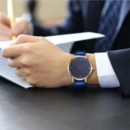 $enCountryForm.capitalKeyWord NZ - Fashion Casual Men Watches Retro Design Crystal Leather Elegant Analog Quartz Wrist Watch Saat Erkek Kol Saati Wristwatches