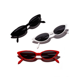 Flat Cat Eye Luxury Sunglasses Women Colour Elegant Oculos de sol men 2018  New Fashion Twin Beam oversized Sun glasses UV400 fc61e3d0a8